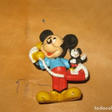 Figuras de acción: MICKEY MOUSE CON TELEFONO - APPLAUSE - DISNEY - PVC. Lote 118707007