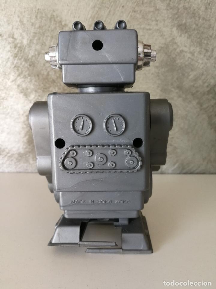 Figuras de acción: ANTIGUO ROBOT A CUERDA MADE IN HONG KONG - Foto 4 - 119266243