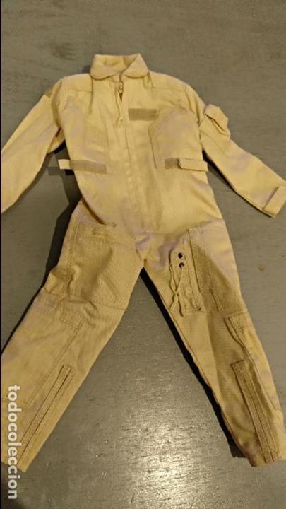 Figuras de acción: Mono de vuelo color desierto escala 1:6 - Foto 2 - 122861191