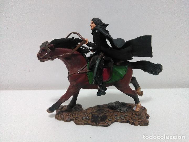 Figuras de acción: Figura Aragón, El Señor de los Anillos, play Along 2003, 12 cm x 9 cm - Foto 2 - 123169507