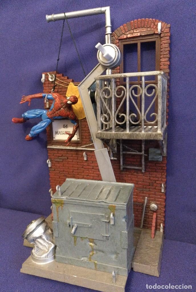 Figuras de acción: Diorama Marvel de muñeco Spiderman,REGALO moto de los 80-90 - Foto 5 - 123495931