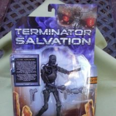 Figuras de acción: FIGURA TERMINATOR SALVATION T-700. NUEVA. Lote 128800627