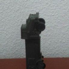 Figuras de acción: DISPENSADOR DE CARAMELOS PEZ.CAMION MILITAR.RAREZA.. Lote 131170445