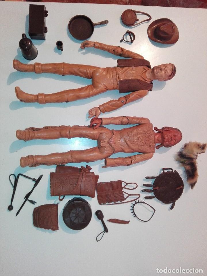 Figuras de acción: Lote de antiguos muñecos y accesorios Louis marx años 60. 70 - Foto 2 - 133588078
