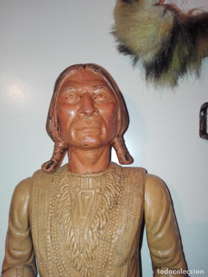 Figuras de acción: Lote de antiguos muñecos y accesorios Louis marx años 60. 70 - Foto 4 - 133588078