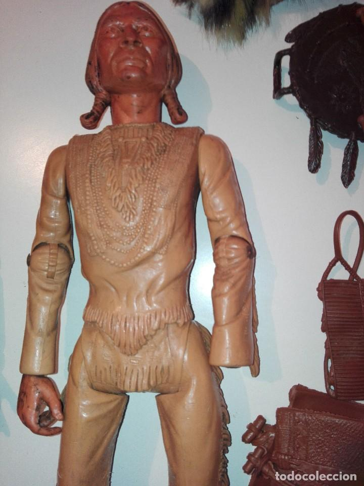Figuras de acción: Lote de antiguos muñecos y accesorios Louis marx años 60. 70 - Foto 5 - 133588078