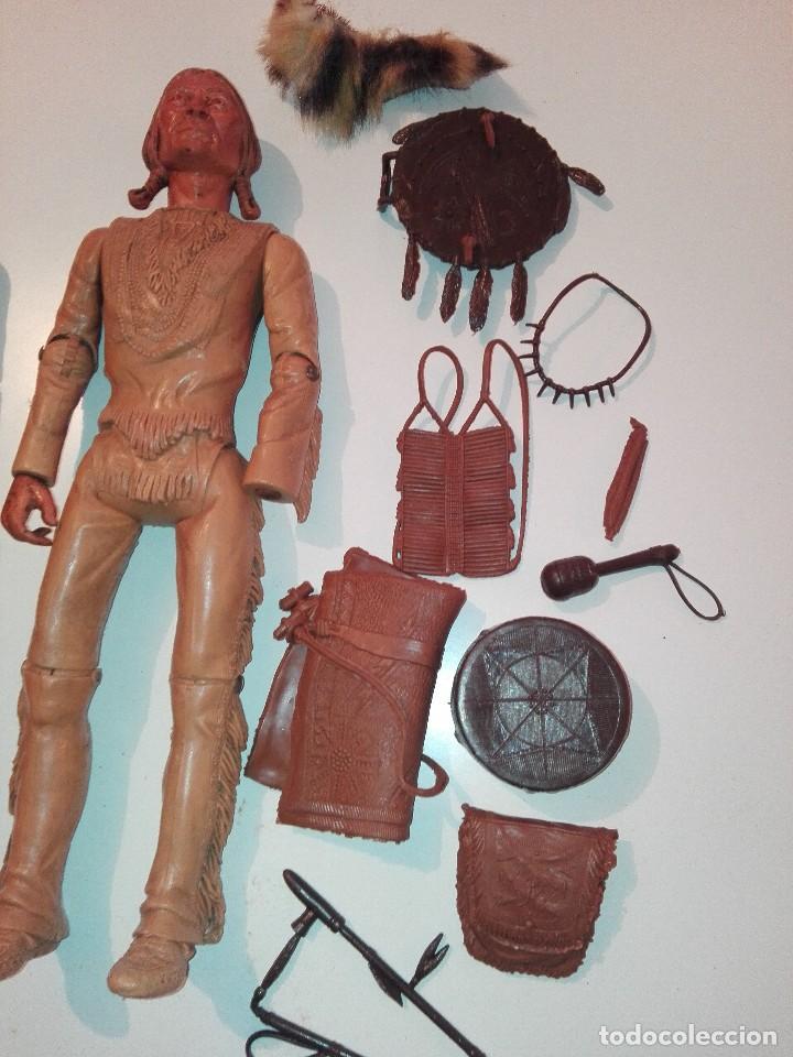 Figuras de acción: Lote de antiguos muñecos y accesorios Louis marx años 60. 70 - Foto 7 - 133588078
