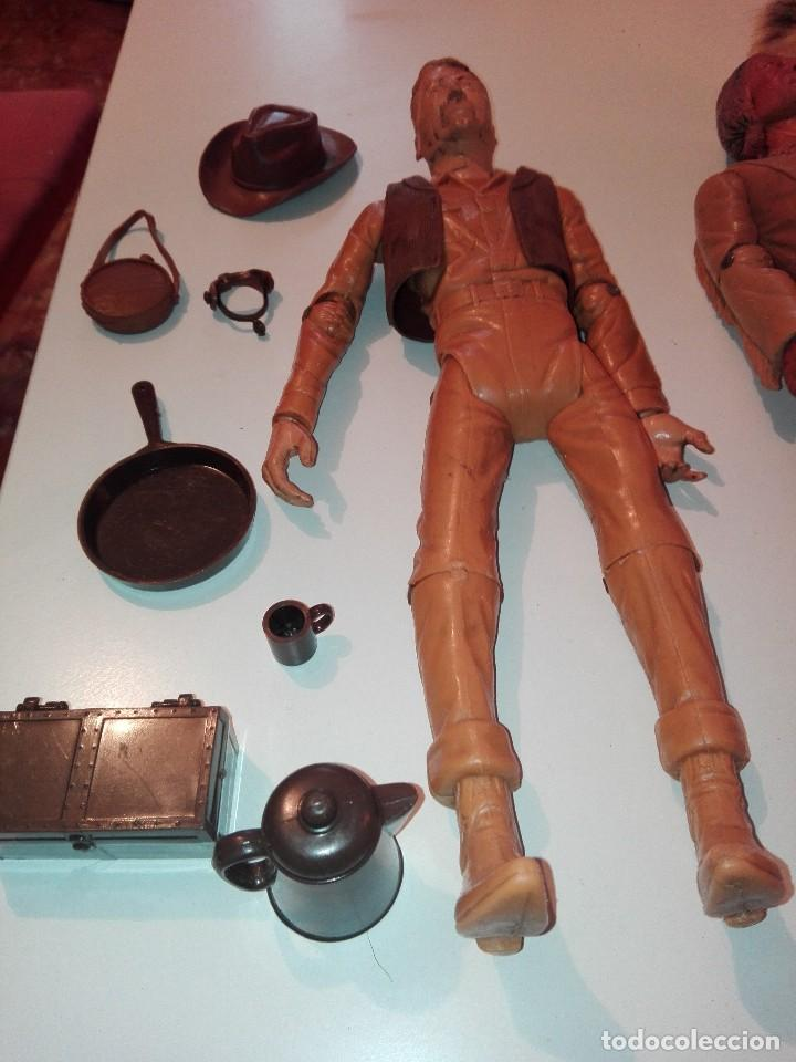 Figuras de acción: Lote de antiguos muñecos y accesorios Louis marx años 60. 70 - Foto 8 - 133588078