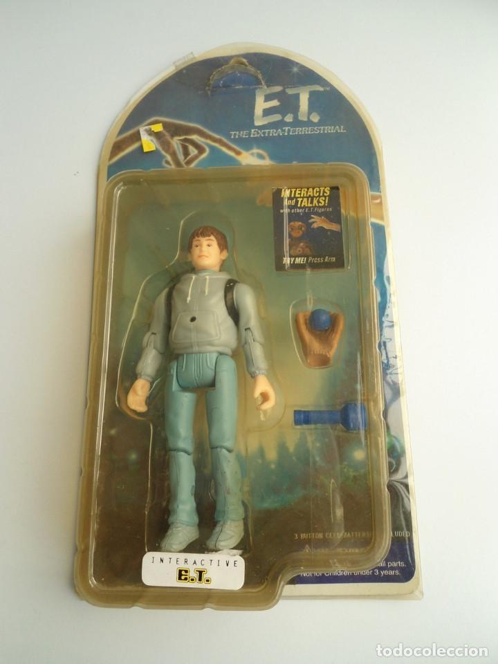 ELLIOT - E.T. THE EXTRA-TERRESTRIAL - ET EL EXTRATERRESTRE - AÑOS 80 - FIGURA EN BLISTER - RARA (Juguetes - Figuras de Acción - Otras Figuras de Acción)