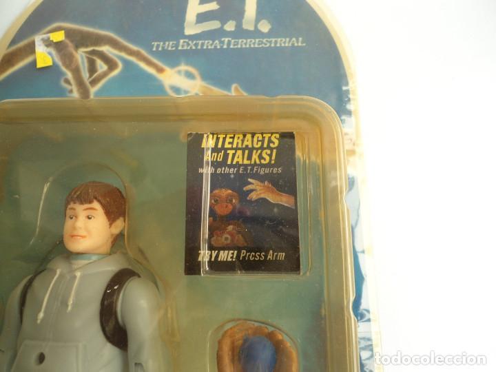 Figuras de acción: ELLIOT - E.T. THE EXTRA-TERRESTRIAL - ET EL EXTRATERRESTRE - AÑOS 80 - FIGURA EN BLISTER - RARA - Foto 2 - 133839706