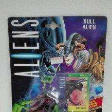 Figuras de acción: ALIENS ALIEN BULL KENNER 1992. Lote 137785514