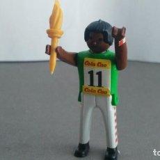 Figuras de acción: ANTIGUA FIGURA DE MINI AIRGAM BOYS OLIMPICO COLA CAO EEUU CON ANTORCHA. Lote 137984294