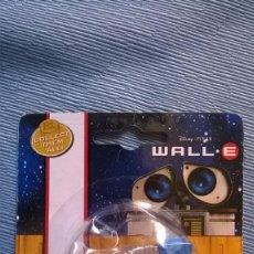 Figuras de acción: WALL.E WALLE WALL-E COLLECT THEM ALL! RACING DISNEY PIXAR DICKIE TOYS VACUUMBOT. Lote 210238965