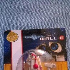 Figuras de acción: WALL.E WALLE WALL-E COLLECT THEM ALL! RACING DISNEY PIXAR DICKIE TOYS PAINTBOT. Lote 210239002