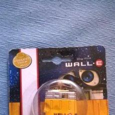 Figuras de acción: WALL.E WALLE WALL-E COLLECT THEM ALL! RACING DISNEY PIXAR DICKIE TOYS WALL.E. Lote 210238936