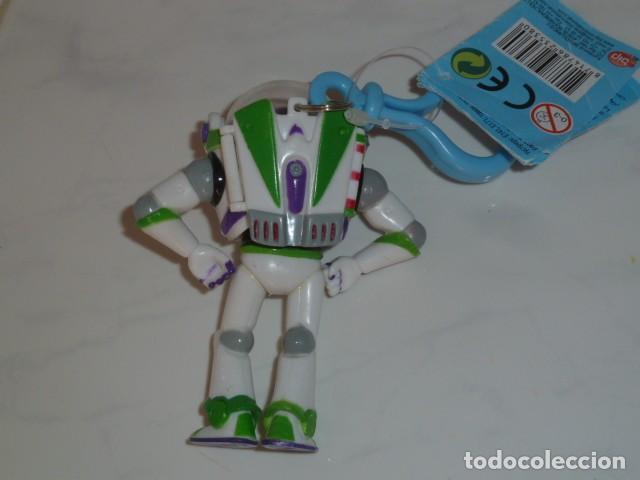 Figuras de acción: Buzz Lightyear. Llavero con compartimento. Toy Story - Foto 3 - 160431494