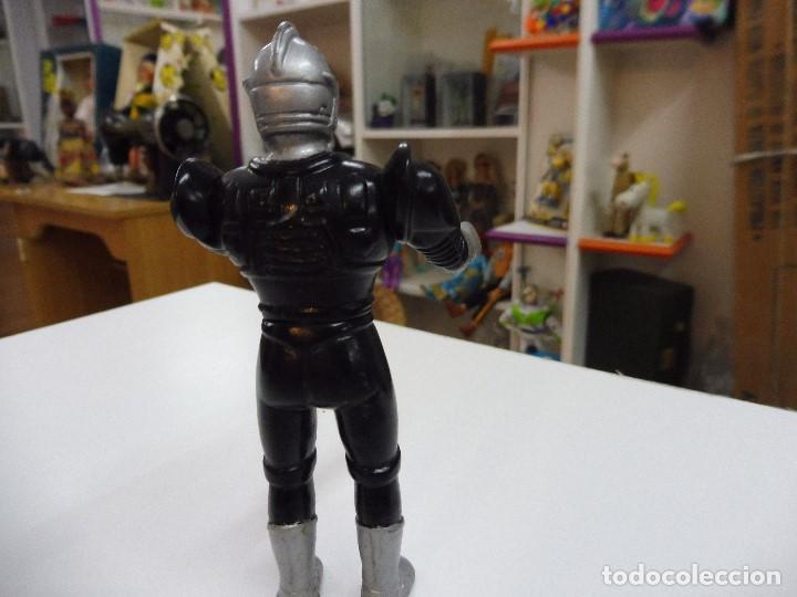 Figuras de acción: Mazinger Z soldado guerrero figura pvc articulada brazos y cintura sin marca - Foto 5 - 163086486