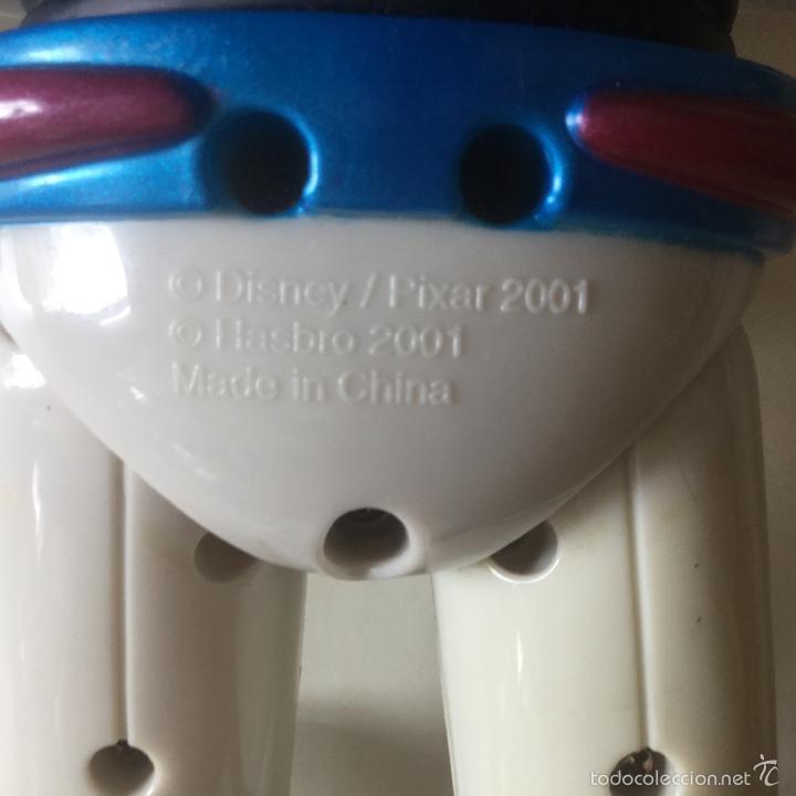 Figuras de acción: MUÑECO BUZZ LIGHT YEAR DE TOY STORY 29 CM APROX. AÑO 2001 HASBRO DISNEY PIXAR HECHO EN CHINA - Foto 4 - 163839022