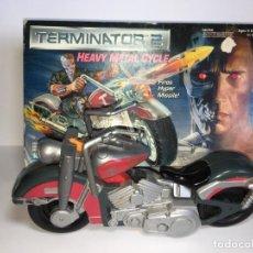 Figuras de acción: MOTO HEAVY METAL CYCLE TERMINATOR 2 DE KENNER. Lote 171692295