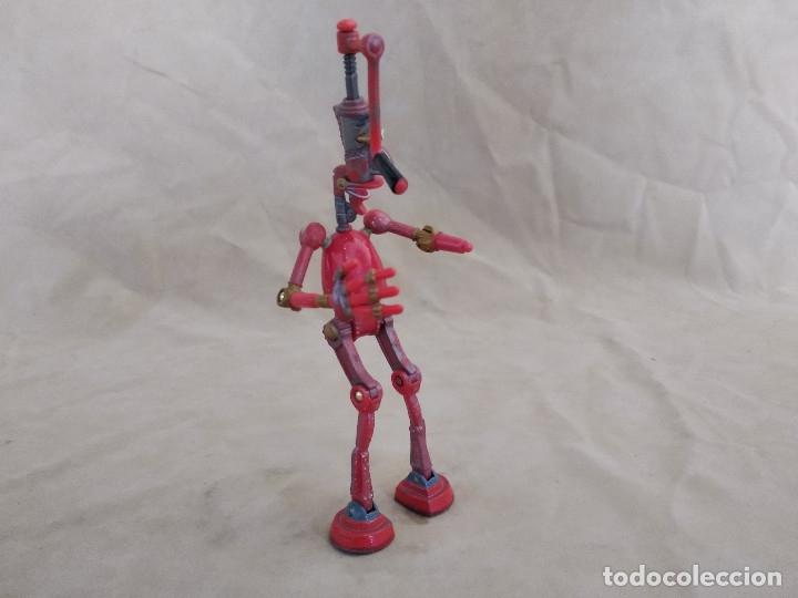 Figuras de acción: Muñeco articulado o de acción de la serie Robots, plástico y metal, unos 18 cms. de alto - Foto 4 - 178865681