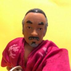 Figuras de acción: KARATE KID MR MIYAGI FIGURA ARTICULADA REMCO TOYS 1986 KARATE KID . Lote 179214597