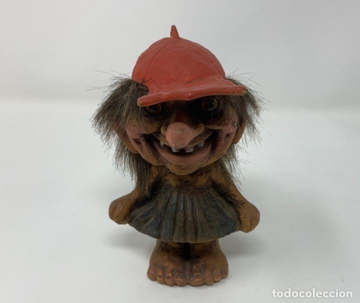 MY FORM TROLL RED HAT FIGURE (Juguetes - Figuras de Acción - Otras Figuras de Acción)