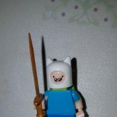 Figuras de acción: MINIFIGURA COMPATIBLE CON LEGO FINN HORA DE AVENTURAS MUÑECO COLECCIÓN DIBUJOS. Lote 186364198