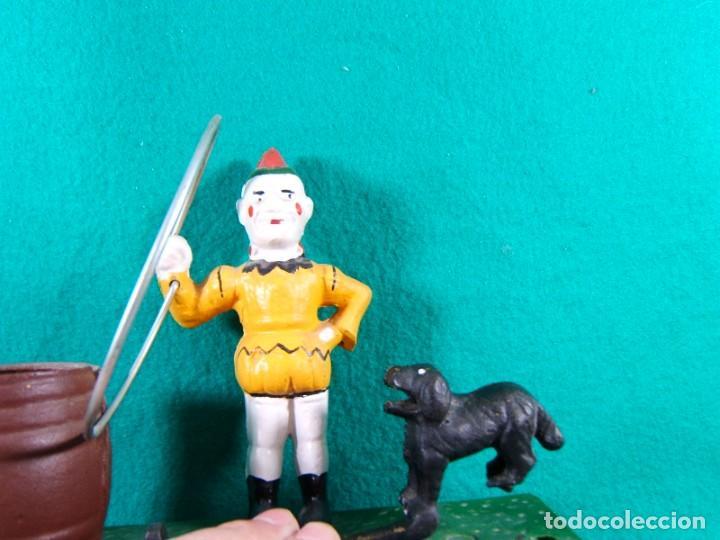 Figuras de acción: TRICK DOG BANK-HUCHA-PAYASO CON ARO, PERRO Y BARRIL-DISPARADOR MANUAL-FUNCIONA PERFECTAMENTE. - Foto 5 - 188592256