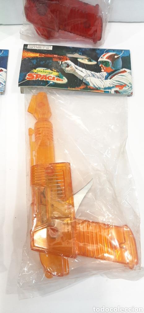 Figuras de acción: Lotazo pistolas espaciales MF - Foto 5 - 194211257
