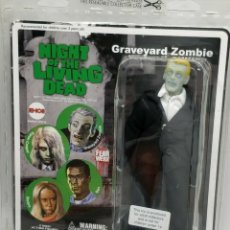 Figuras de acción: GRAVEYAR ZOMBIE.BILL HINZMAN.EMCE.NIGHT OF LIVING DEAD.2008.. Lote 195420841