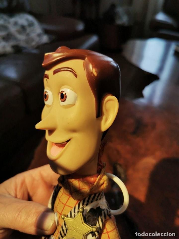 Figuras de acción: Figura Woody en trapo, hablador en ingles, Disney/pixar Thinkway funciona - Foto 3 - 198920793