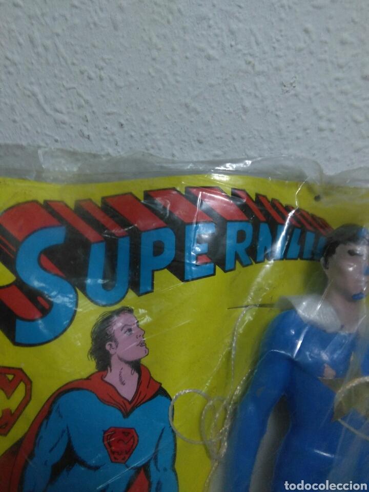 Figuras de acción: Figura superman bootleg en su blister sin abrir original de epoca - Foto 8 - 202355330