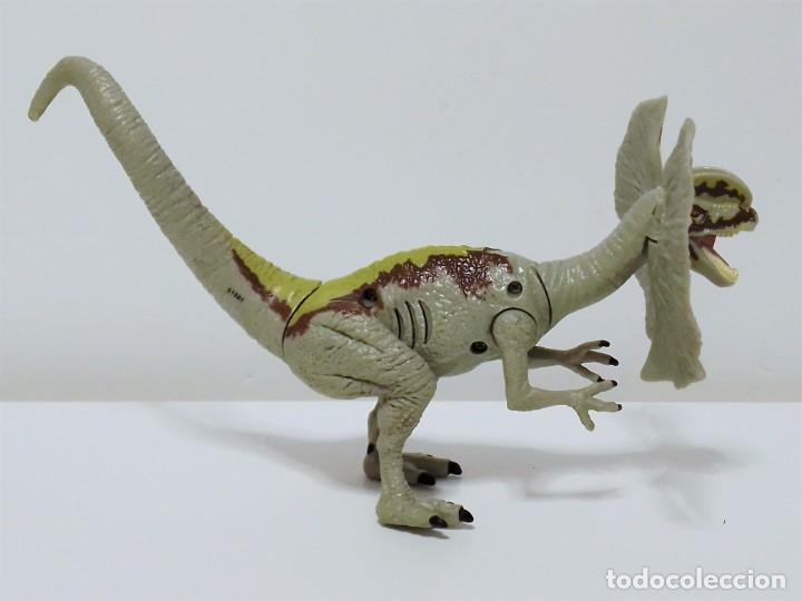 Figuras de acción: Figura de dinosaurio DILOPHOSAURUS de JURASSIC WORLD realizada por Hasbro en el año 2015 - Foto 2 - 203327877