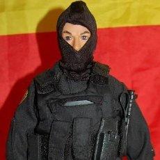 Figuras de acción: FIGURA ACTION POLICIA DE ELITE SWAT TEAM CLEVELAND POLICE. Lote 220940768