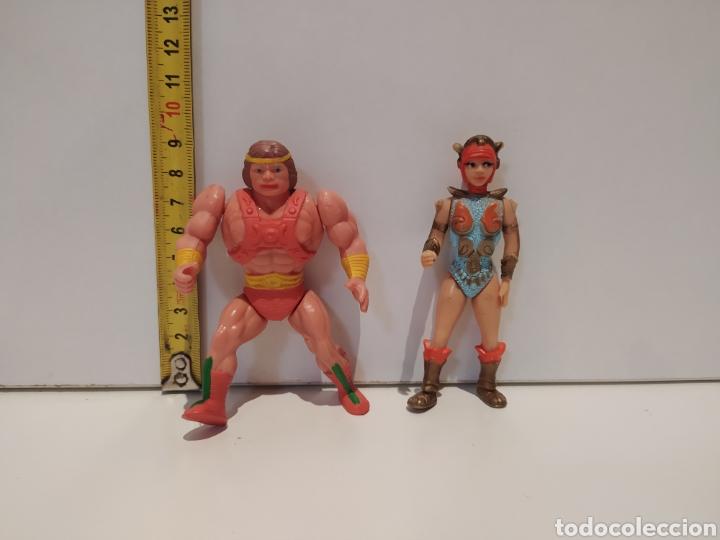 MUÑECOS MUY RAROS HE-MAN Y TEELA BOOTLEG (Juguetes - Figuras de Acción - Otras Figuras de Acción)