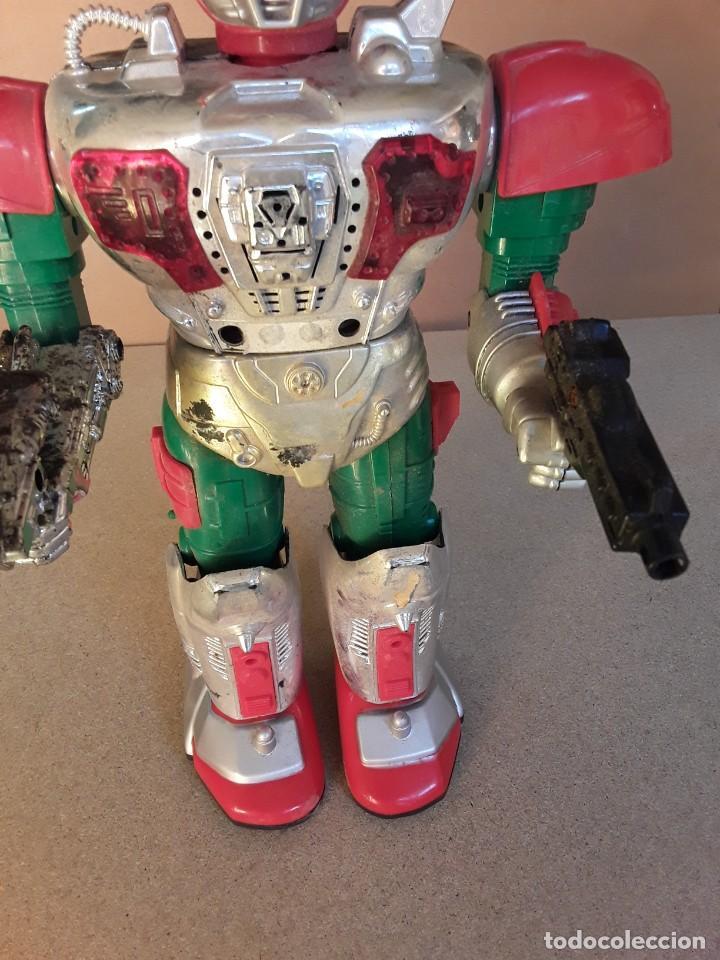 Figuras de acción: Antiguo robot commander II años 70/80 - Foto 9 - 227898101