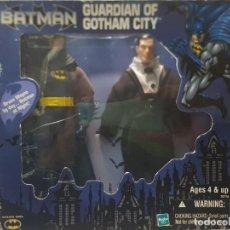 Figuras de acción: FIGURA ARTICULADA BATMAN GUARDIAN OF GOTHAN CITY HASBRO WARNER BROS EN BLISTER AÑO 2000. Lote 233403485