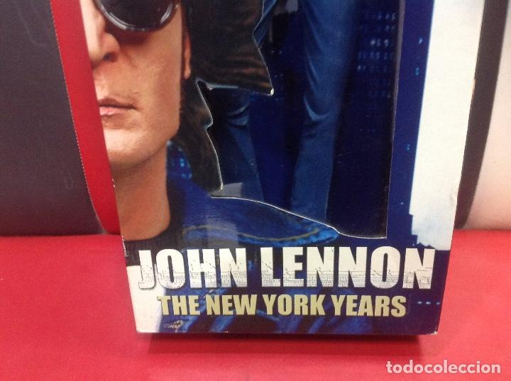 Figuras de acción: JOHN LENNON, THE NEW YORK YEARS FIGURA DE MUSICA ROCK NECA, 48CM, EN SU CAJA ORIGINAL - Foto 4 - 239942015