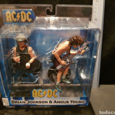 Figuras de acción: FIGURAS BRIAN JOHNSON & ANGUS YOUNG AC DC NECA REEL TOYS 2009. Lote 245248850