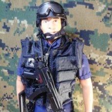 Figuras de acción: FIGURA/MUÑECO POLICE SWAT NYPD 1/6 DRAGON, BBI, GEYPERMAN, HOT TOYS, DAMTOYS, 21CT. Lote 254837340