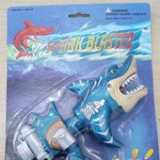 Figuras de acción: SHARK BLASTER TIBURÓN PLACO PRODUCTS CO., LOS ANGELES BLISTER NUEVO. Lote 261549230