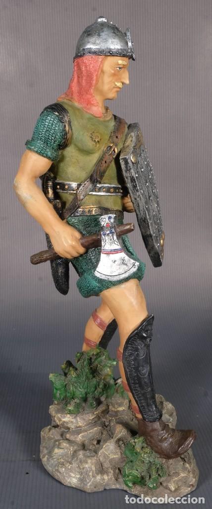 Figuras de acción: Figura de Vikingo en resina - 31 cm x 13 cm - Foto 2 - 268454434