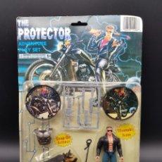 Figuras de acción: TERMINATOR BOOTLEG FIGURE THE PROTECTOR RARE AND BIZARRE. Lote 275160648