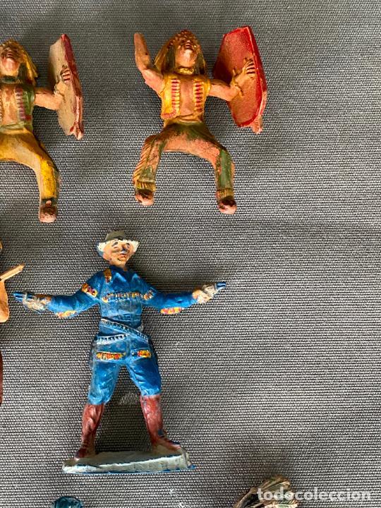 Figuras de acción: LOTE DE INDIOS Y VAQUEROS . ANTIGUOS , PLASTICO , PASTA , GOMA - Foto 4 - 278357583