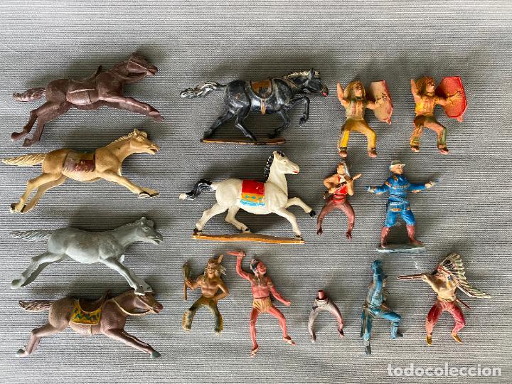 LOTE DE INDIOS Y VAQUEROS . ANTIGUOS , PLASTICO , PASTA , GOMA (Juguetes - Figuras de Acción - Otras Figuras de Acción)
