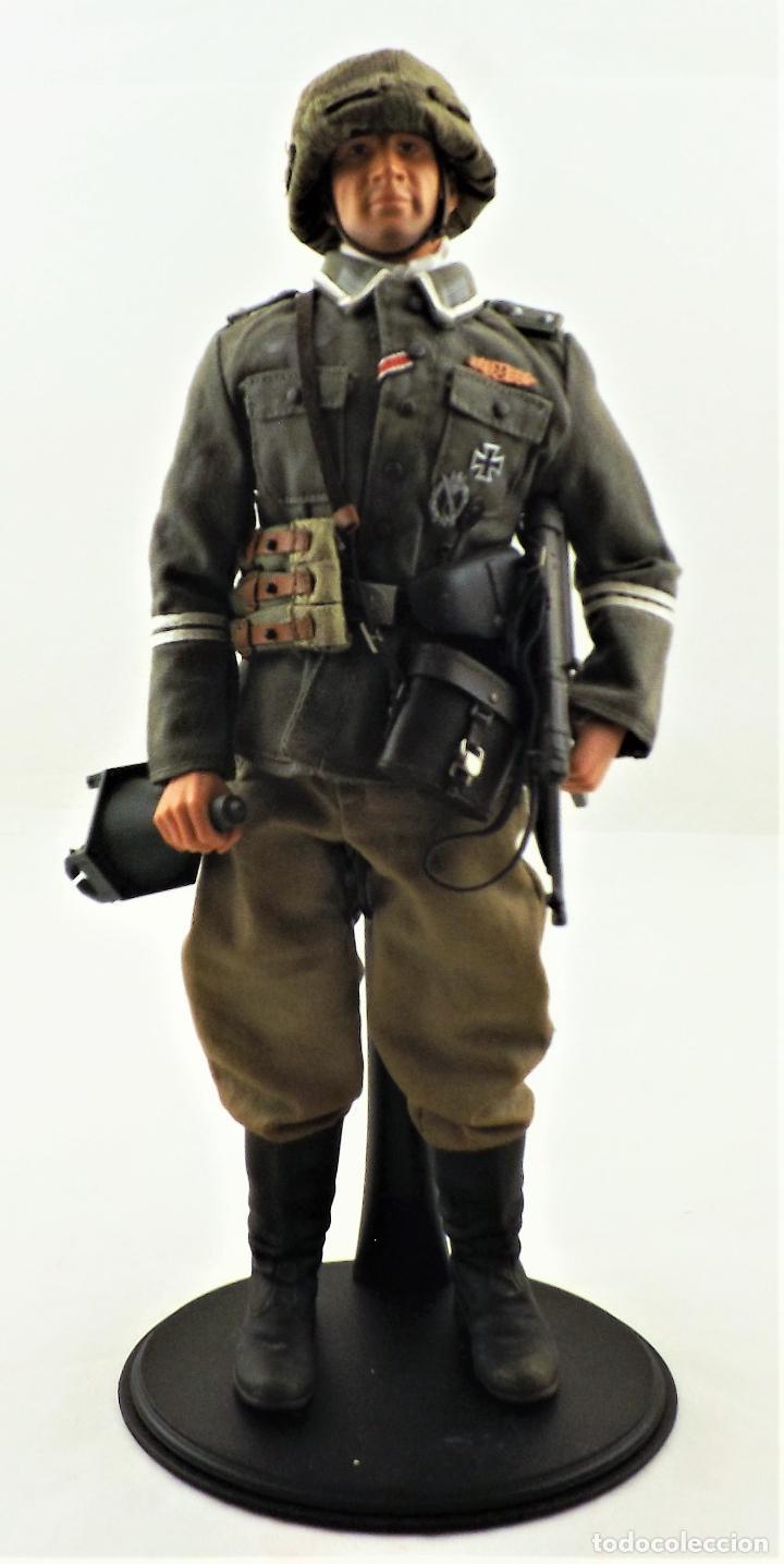 DID, DRAGON ETC... ESCALA 1:6 SOLDADO ALEMAN WWII + PEANA EXPOSITORA COMPLETA (Juguetes - Figuras de Acción - Otras Figuras de Acción)