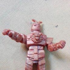 Figuas y Muñecos Caballeros del Zodiaco: ROBOT TOEI 1988 YOLANDA GOMA 9 CMS . Lote 153702874