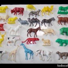 Figuras de Goma y PVC: BRITAINS Y OTRAS MARCAS GRAN LOTE ANIMALES FIERAS GRANJA SELVA Y ZOO.AÑOS 60-70.PTOY.. Lote 79796361