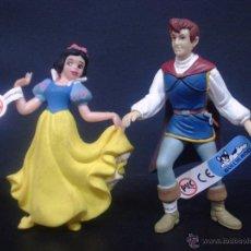 Figuras de Goma y PVC: FIGURA O MUÑECO GOMA PVC - BLANCANIEVES Y PRINCIPE -DISNEY - BULLY. Lote 41698818
