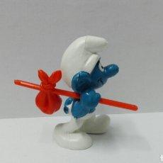 Figuras de Goma y PVC: PITUFO VIAJERO (PALO CORTO) PITUFOS BULLY PEYO SMURFS NO CÓMICS SPAIN NO SCHLEICH VIAJE. Lote 109455038